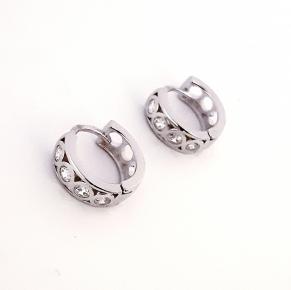 Дамски сребърни обеци-106