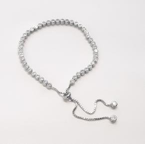 Дамска сребърна гривна 41